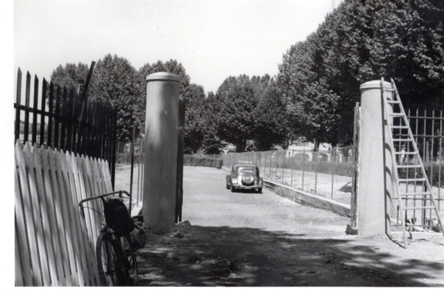 L'ancienne entrée - l'hippodrome du Grand Camp