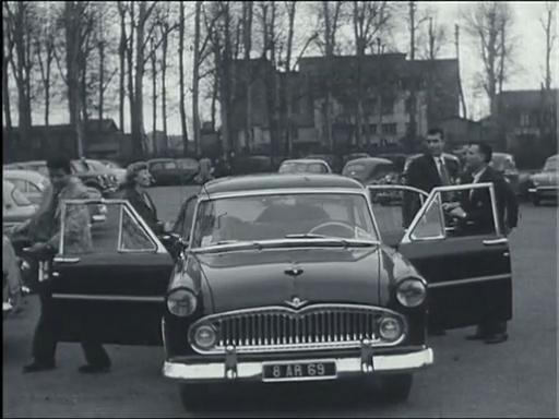 TCL-1965-parking-2