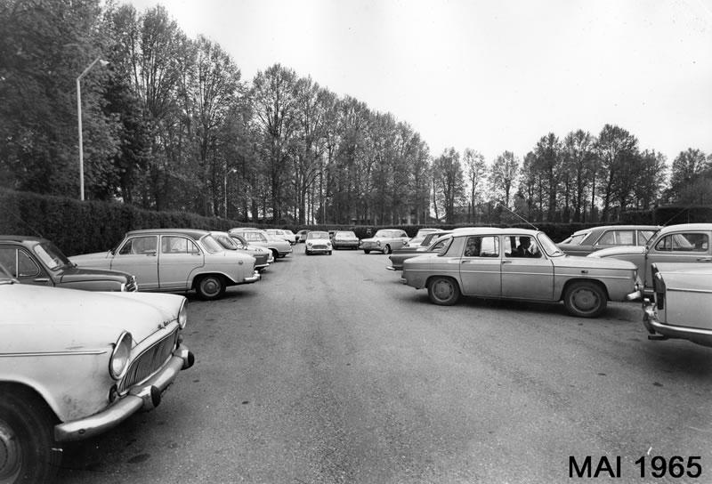 Le parking du TCL en 1965…