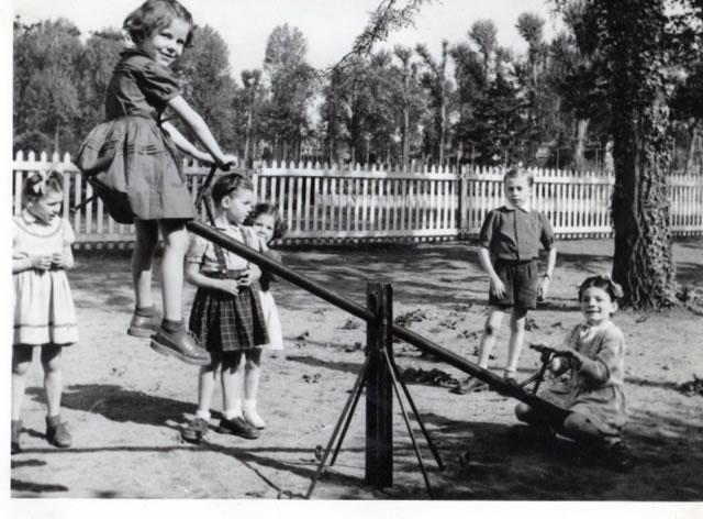 Juin 1951 : un nouveau jardin d'enfants au TCL